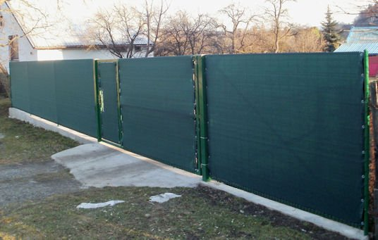 stínící sítě na ploty