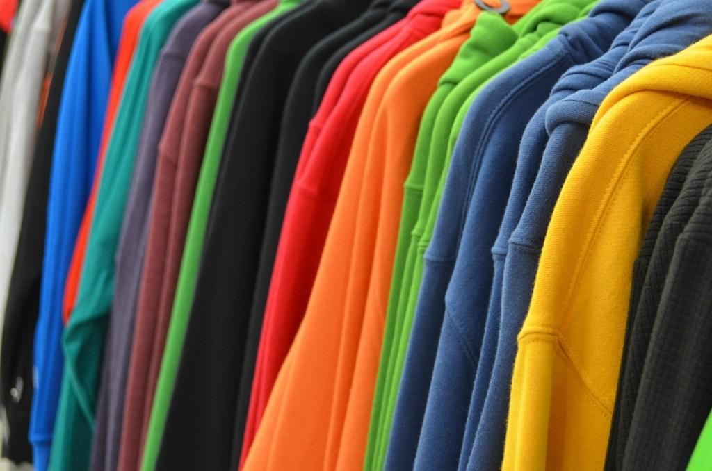 sweatshirts-428607_1280